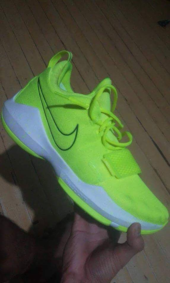 dc25d606e102 Paul George 1 Neon Volt on Carousell