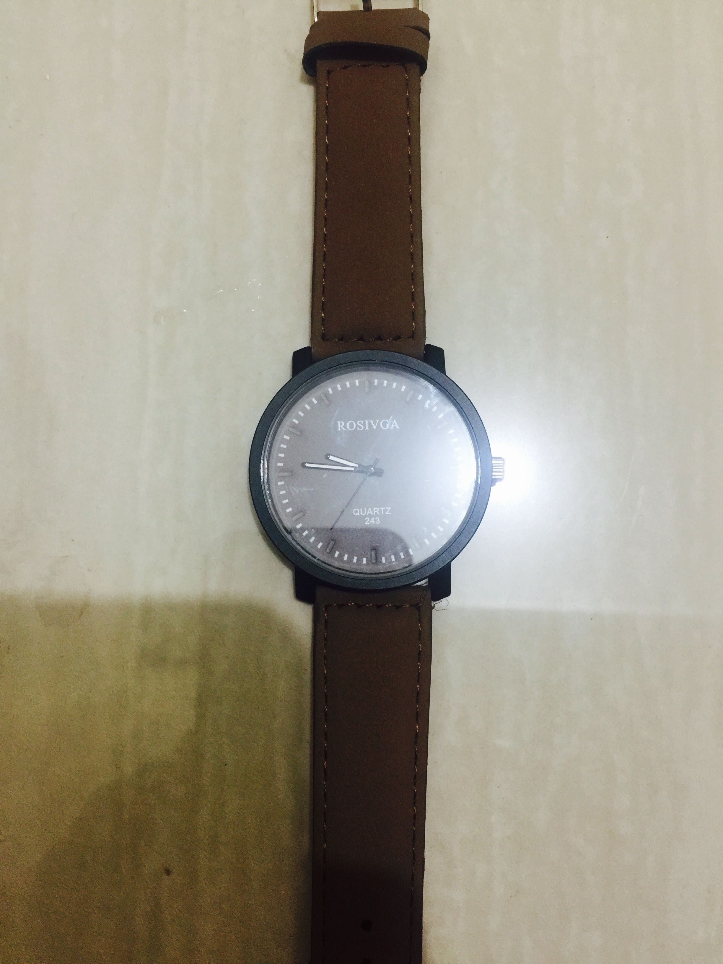b2f178a8648 Simple Brown Watch
