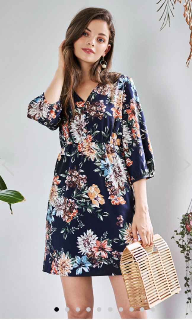 32dc2f818e33 The Closet Lover - Arabelle Floral Printed Sleeved Dress