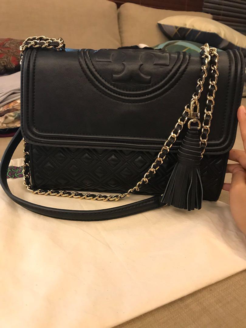 08db63052 Tory Burch Fleming Convertible Shoulder Bag, Women's Fashion, Bags ...