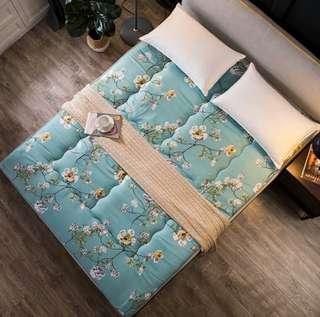 全新 最後一張 清貨 棉質榻榻米床墊  床褥  床單  床上用品