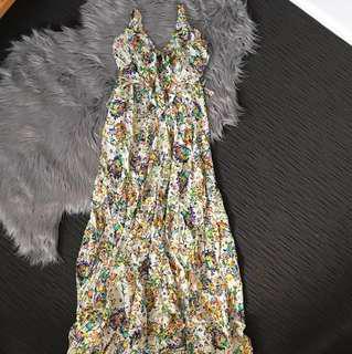Qui Qui One Size Fits All Floral Maxi Dress