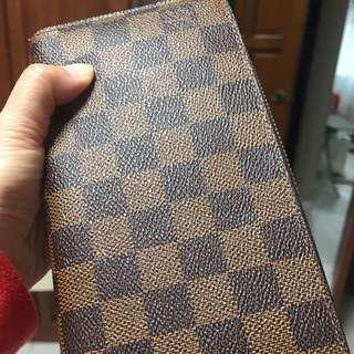 LV Damier Zipper Wallet