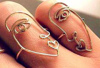 Abstract Face Ring / Abstrak