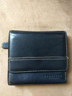 REACTION by KENNETH COLE (Authentic)