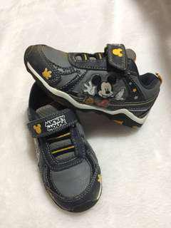 snoopy shoes 2-3yo