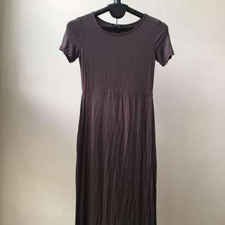 Gray Short-sleeve Maxi Dress w/ Slits