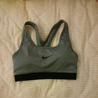 Nike dri-fit 鉄灰色運動內衣