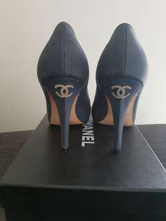 Chanel pumps with diamonte CC