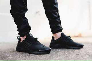 Men's Nike Prestos - Tripple Black
