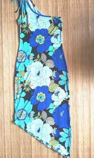 NEW WITHOUT TAG Women's / Woman's Retro Boho Blue Floral Asymmetrical One Shoulder Sexy Body Hugging Toga Dress - in excellent condition with minor flaws