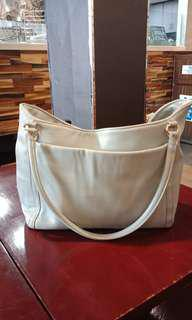Free's Mart Casual Bag