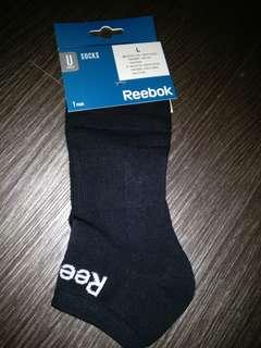 Reebok 短襪