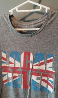 Local Celeb t-shirt M
