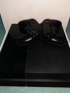 PS4 500GB 連兩個手制