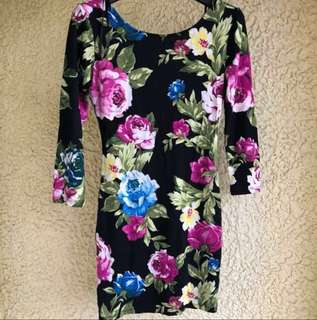 [2 for 500]Forever 21 Floral Bodycon Dress