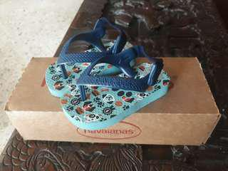 Havaianas for 6-12 months