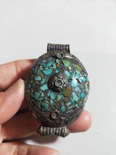 🚚 古蕫老件~西藏老綠松石掛件