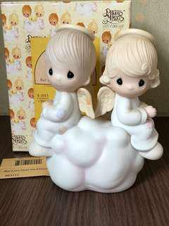 "MIB Precious Moments figurine ""But Love Goes on Forever"" #E3115"