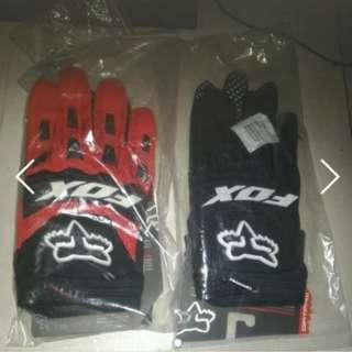 fox dirt paw gloves