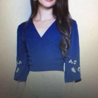 BNWT shopsassydream Jenth embroidery Top Navy