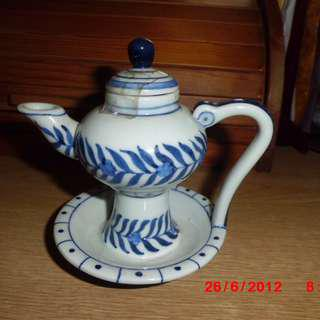 A collection of 1970s blue and white porcelain