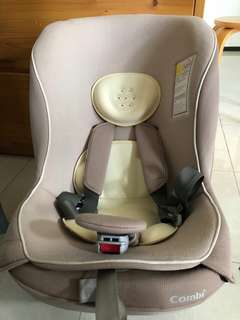 ((可議價)) 平售 Combi Coccoro S car seat BB 汽車坐位 $800,7成新,連初生墊,適合0-4歲使用