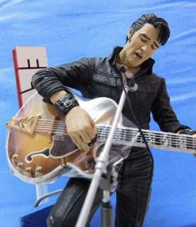 Elvis Presley Figure (Available in USA only)