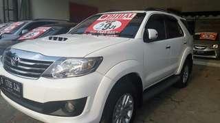 Toyota Fortuner G VNT diesel AT 2013