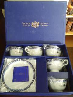 Momoyama Tea cups and saucers
