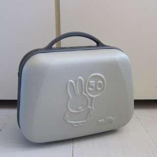 90%New(交收/順豐)日本Miffy 50週年限量版 小型行李箱 行李喼hello kitty snoopy xo 多啦a夢 叮噹