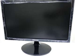 Samsung 19 inches LCD Monitor 100% Real