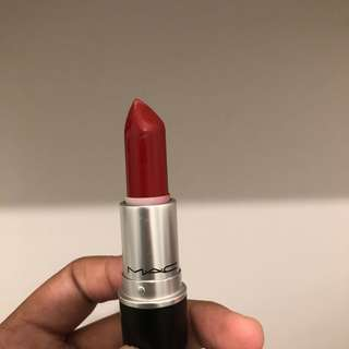 MAC Matte Lipstick • Russian Red
