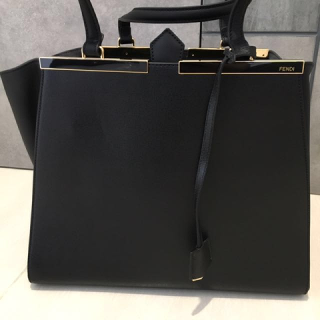 Aunthentic Fendi Bag (brand new) to let go 8864524a64556