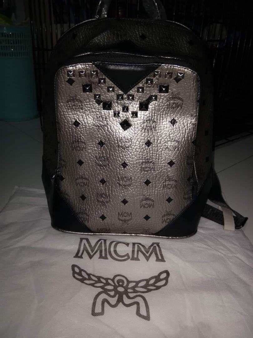 d85a8cb3de2b Authentic quality bags