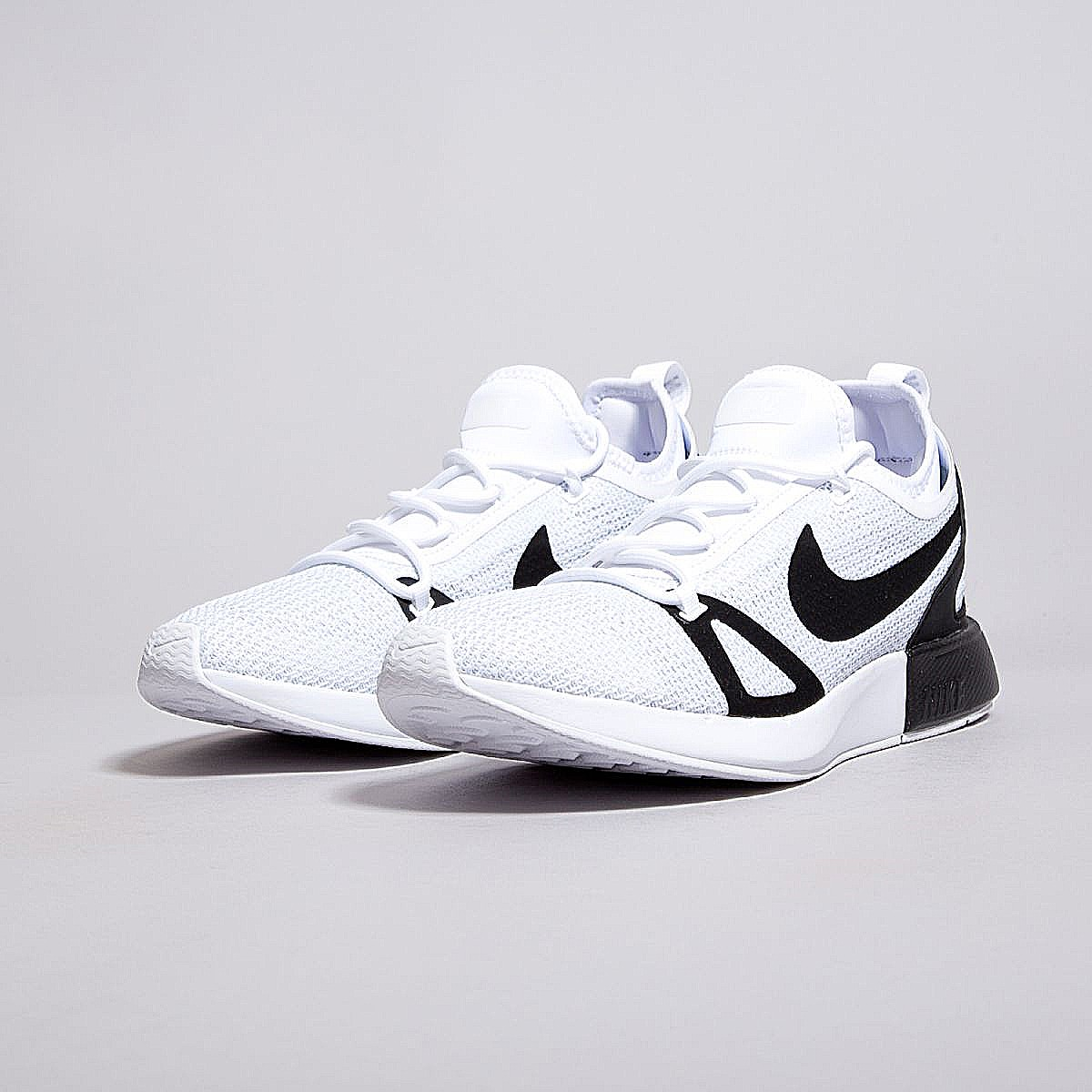 87d2b90ec795 BNIB NIKE DUEL RACER Classic Black White Sneaker Shoes Men US9.5 only  (direct from US authentic) (adidas NMD cortez air)
