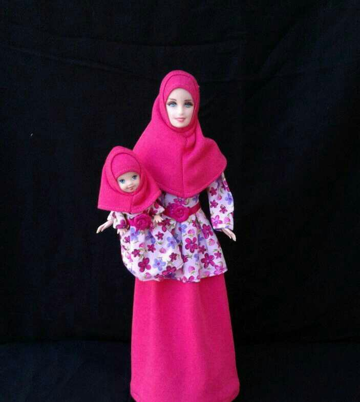 Boneka Barbie Annisa Muslimah Couple ( Ibu   Kelly) 5c7010b0c0