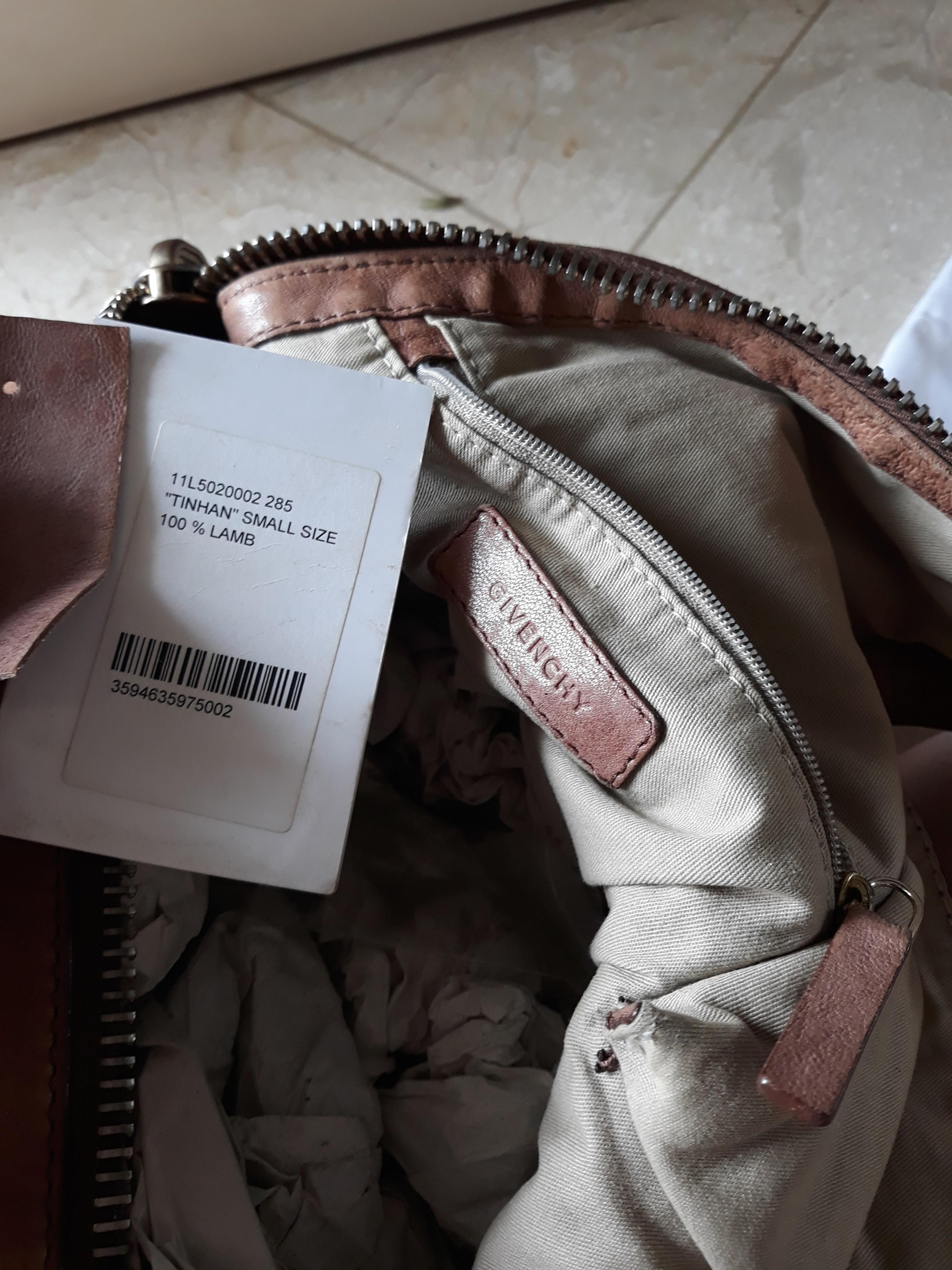 d413df96f0 Givenchy Tinhan Bag (authentic)