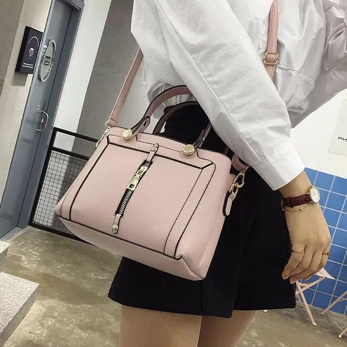 c98895812061 Handbag / Sling Bag 2-way Sleek Chic Women's Hand Bag for office ...