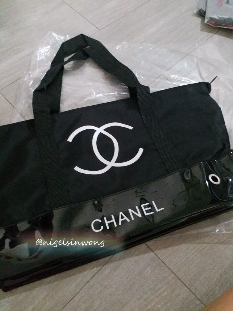 923c6203e9ea last one 🎈sale chanel vip shopping bag big size, Luxury, Bags & Wallets on  Carousell