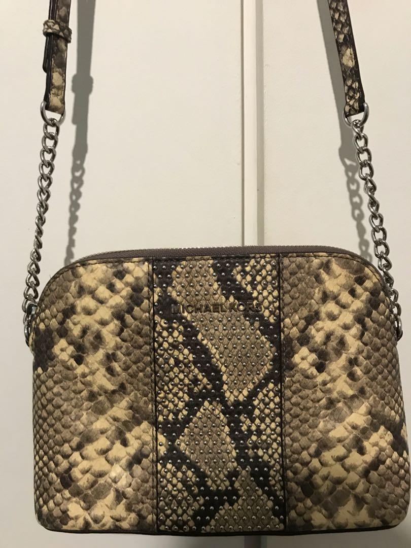 94931e756b90 Michael Kors snake print small sling bag
