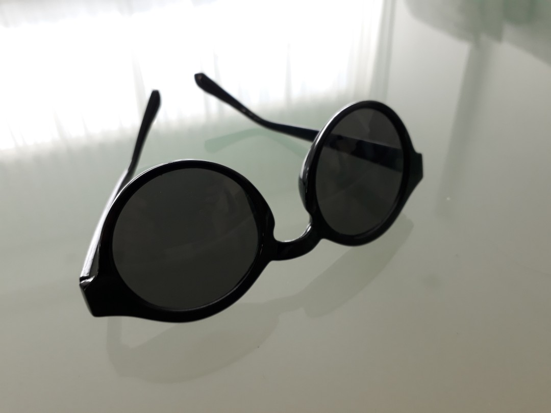 c542814e14c NEW! H M Black Sunglasses ❤ Trendy   Edgy