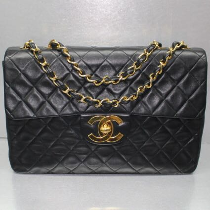 c60fd9ad2 SALES!! Chanel Black Lambskin Maxi Vintage (GHW) , Luxury, Bags ...
