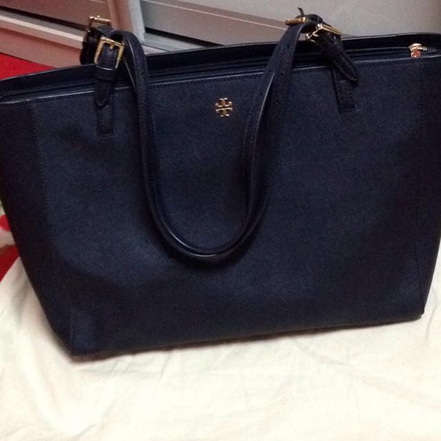 dc2791ad37a4 Tory Burch York Buckle Tote