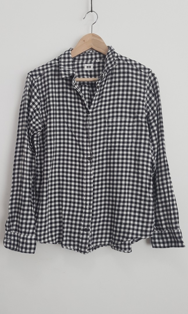 0243e90f Uniqlo Shirt, Women's Fashion, Clothes, Tops on Carousell