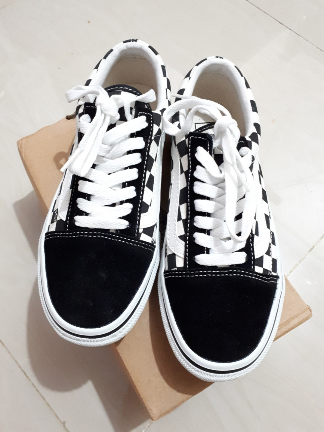 8fdc89c3a9 VANS OLD SKOOL BLACK AND WHITE CHECKERBOARD V36-38