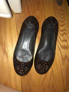 Tory burch flats brown snakeskin size 5.5
