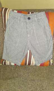 Authentic uniqlo shorts / celana pendek anak uniqlo