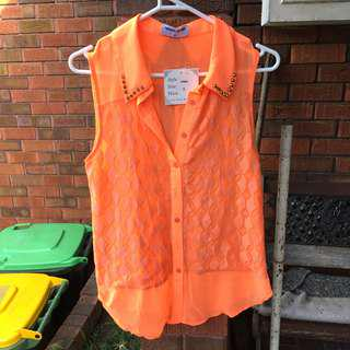 Women's top WITH TAG
