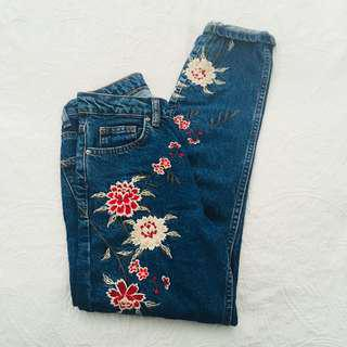 TOPSHOP JEANS EMBROIDERED LIMITED EDITION